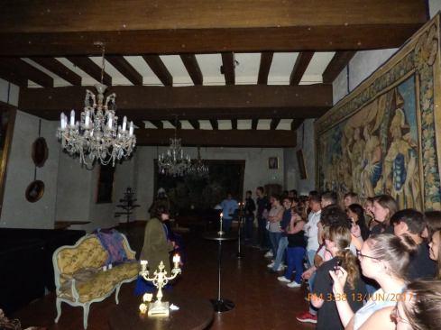 Lors de la présentation théâtralisée du château